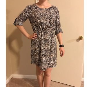 CHARMING CHARLIE leopard quarter sleeve dress